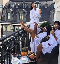 Best Ideas For Photography Ideen Teens Best Friend Goals, Best Friends, Luxe Life, Gal Pal, Photo Instagram, Disney Instagram, Friend Photos, Girl Gang, Friend Pictures
