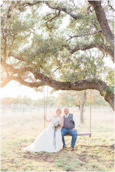a-slate-blue-and-grey-winter-wedding-at-cw-hill-country-ranch-in-boerne-texas-by-allison-jeffers-wedding-photography_0082