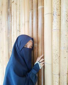 Akhi.. Sejatinya nilai diri kaum pria bukan hanya karena tampan, jantan, romantis, gagah, kaya, pandai dan dermawan namun sejauh mana ia mampu mengasah keimanan dan perilakunya agar lebih menawan. #wanisatsholehah #priaidaman #lelakiidaman #secantikmuslimah #muslimah #muslimahindonesia #indonesiatanpapacaran #muslimahhijrah #hijab #hijrahcinta #muslimahfashion #zlkr #zaqy #25juni #story #jodoh #priatampan #lelakisejati