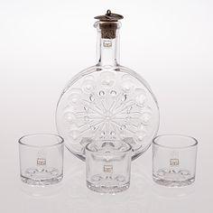 https://www.bukowskis.com/en/lots/974143-nanny-still-a-decanter-with-three-vodka-glasses-snow-star-riihimaen-lasi-1970s