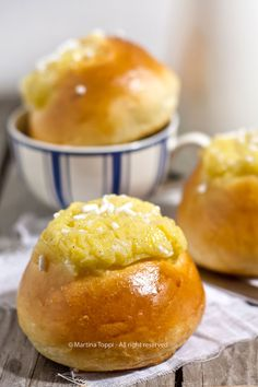 Goal - Italian Pastries Pastas and Cheeses Low Carb Desserts, Sweet Desserts, Sweet Recipes, Italian Pastries, Italian Desserts, Breakfast Cake, Low Carb Breakfast, Best Banana Bread, Cake & Co