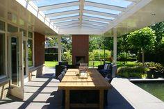Benieuwd wat voor projecten Niek Roos BV heeft gerealiseerd? Bekijk de fotopresentaties van veranda's en doe inspiratie en ideeën op.