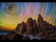 "Australian photographer Lincoln Harrison created an awesome ongoing series of long-exposure photos entitled Startrails. Lincoln has been known to spend up to 15 hours in wintry weather ""to get the. Lincoln, Exposure Photography, Night Photography, Photography Series, Photography Tricks, Long Exposure Stars, Flat Earth Conspiracy, Torre Eiffel Paris, Ciel Nocturne"