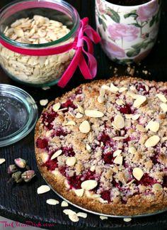 Grain-free Raspberry Sour Cream Crumble Cake
