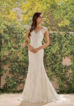 Wedding Dress Trends from Spring 2019 Bridal,Wedding dresses that fit your style and budget! Wedding Dresses Photos, Wedding Dress Trends, Bridal Wedding Dresses, Wedding Dress Styles, Wedding Ideas, Lace Wedding, Casual Wedding, Autumn Wedding, Elegant Wedding