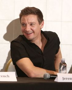 """Jeremy Renner Photos Photos - Producer Jeremy Renner attends a press conference for """"The Founder"""" at The London Hotel on January 12, 2017 in West Hollywood, California. 'The Founder' Press Conference"""
