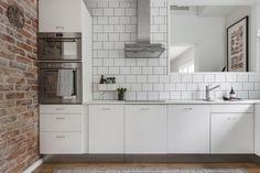 Turku, puutalo-osake - Bo LKV Kitchen Dining, Kitchen Cabinets, Interior Decorating, Interior Design, Cool Rooms, Osaka, Kitchen Interior, Home Kitchens, New Homes