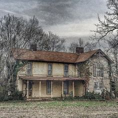 amysawyer00 #abandoned #appalachia #aband0n_all_h0pe #abandonment_issues #beautifuldecay #countrygrime #discarded_butnot_forgotten #detailsofdecay #exploring_shotz #filthyfeeds #fortheloveofgrime #grime_lords #hauntedhouse #intruders #igtrespasser #lousyfeeds #nature_takes_over #partners_in_grime #outcastamerica_rural #opaque_elegance #rottenfeed #theunpopularpage #trailblazers_rurex @trailblazers_rurex @opaque_elegance