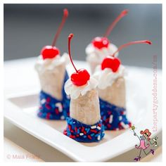 Celebrate in red, white and blue for Labor Day, Memorial Day, 4th of July and any other patriotic holiday!   The Party Goddess! #laborday #memorialday #4thofjuly #holiday #eventplanning #eventplanner #partyplanner #partyplanning Blue Chocolate, Chocolate Topping, Patriotic Images, Secret Party, Party Food And Drinks, Pinterest Recipes, Party Photos, Fourth Of July, Independence Day