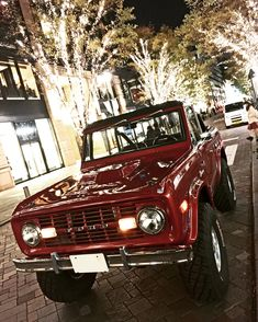 Classic Bronco, Classic Ford Broncos, Classic Trucks, Classic Cars, Ford Trucks, Pickup Trucks, Early Bronco, Offroad, Antique Cars