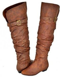(Christmas Shopping) Brown Boots | www.gimmesomestyleblog.com