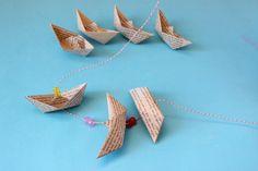 Móvil de barcos de papel   Blog de BabyCenter