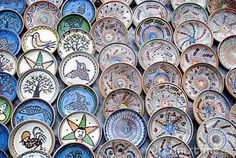 Rolandia-Romania Tours and Activities Everyday Dishes, Rustic Kitchen, Kitchen Ideas, Traditional Kitchen, Decorating Tips, Decorative Plates, Sweet Home, Culture, Handmade