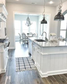 """3,266 Likes, 36 Comments - Home Bunch (@homebunch) on Instagram: """"My friend Erin, from @mytexashouse has one of the most #beautiful #kitchens of #ig. See more…"""""""