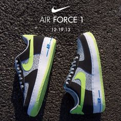 Available 12/19/13- Nike: Air Force 1 low- Reflect Silver/ Volt #Jimmyjazz #trendingnow #Nike #AF1 #Airforce1 #reflective #IGSneakercommunity jimmyjazz.com