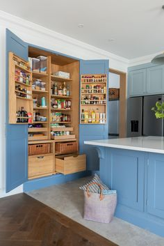 Bespoke pantry finished in this beautiful bright blue. Amazing storage and all fitted in this handmade cabinet. Kitchen by Shere Kitchens Ltd. Grey Interior Design, Interior Design Living Room, Traditional Kitchen Interior, Small Bathroom Interior, Handmade Cabinets, Larder Cupboard, Farmhouse Style Kitchen, Luxury Kitchens, Beautiful Kitchens