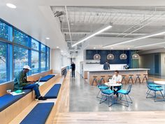Fullscreen, a global media startup that empowers popular YouTube channels and networks turned again toRapt Studio,to design an expansion of their offices in Los Angeles to support the agile nature ... Read More