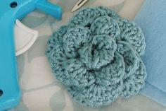 Alli Crafts: Free Pattern: No-sew Rose, Large