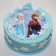 Fototaart in Frozen thema pers) Elsa Birthday Cake, Frozen Themed Birthday Cake, Frozen Theme Cake, Disney Frozen Birthday, Frozen Birthday Cake, Themed Cakes, Geek Birthday, Bolo Frozen, Frozen Cake Pops