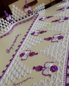Lace Making, Diy And Crafts, How To Make, Beautiful, Costumes, Needlepoint, Lace, Knitting And Crocheting, Bobbin Lace