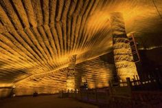An overview of the mysterious Longyou caves or grottoes in China, which might have been built with ancient technology. Classical Architecture, Ancient Art, Caves, Cosmos, Tourism, Earth, Explore, Mysterious, Technology