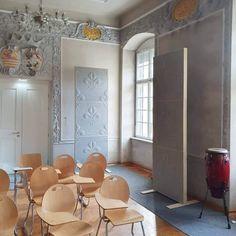 Ferrari school Innsbruck #Whisperwool #acousticpanel #sheepwool #textiledesign #acousticceiling #raumteiler Innsbruck, Acoustic Panels, Sheep Wool, Ferrari, Oversized Mirror, Divider, School, Room, Furniture