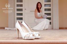 Los zapatos de #ÁngelAlarcón te aportan glamour y estilo para el día de tu #boda