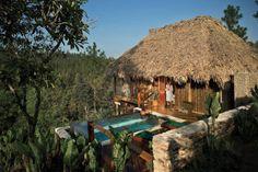 O Belize foi o local escolhido por Reese Witherspoon e Jim Toth, e é ideal para quem procura aliar praias paradisíacas com turismo ecológico. #casamento #luademel #Belize #famosos