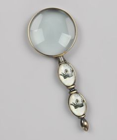 Crown Magnifying Glass