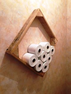 Wall Hanging Pallet Toilet Paper Roll Holder - 20 Best Pallet Ideas to DIY Your Own Pallet Furniture - Page 2 of 2 - DIY & Crafts