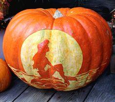 Little Mermaid pumpkin at Disneyland Resort, CA. Via Flickr: http://www.flickriver.com/photos/lorenjavier/6202246849/