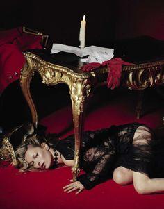 Vogue Italia December 2015   Kate Moss   Tim Walker