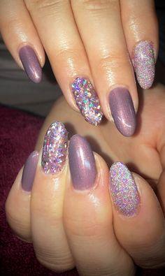 Glass glitter nails