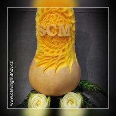 carving dýně pumpkin pumpinks birthday gift inspiration Trutnov dárek inspirace halloween scary face