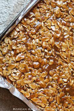 Almond Graham Cracker Brittle