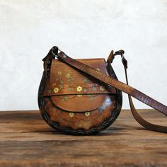RESERVE 1970s Tooled Leather Bag // Vintage Flower Purse I wish I'd kept mine!
