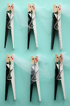Custom Bridal Shower Favors - Wedding Favors - 25 Handpainted Clothespins- my mom made these for her wedding,n they were super cute! Wedding Shower Favors, Wedding Favors For Guests, Bridal Shower Decorations, Party Favors, Wedding Gift Ideas For Bride And Groom, Handmade Wedding Decorations, Handmade Wedding Favours, Soap Favors, Table Decorations