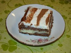 Cristina's world: Prajitura cu budinca de vanilie si crema de branza dulce