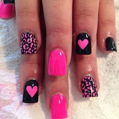 I LOVE pink all year! Cute nail art design on short acrylic or gel nails | ideas de unas | ongles