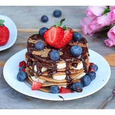 Gluten Free Vanilla Bean Pancakes via @feedfeed on https://thefeedfeed.com/pancakes/sarah_kothera/gluten-free-vanilla-bean-pancakes