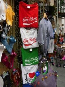 Riomaggiore, Cinque Terre shop: Coca Cola gets patriotic!