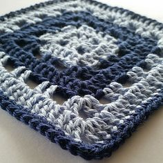 I designed this pattern with the beginner in mind as part of my Beyond the Granny CAL.