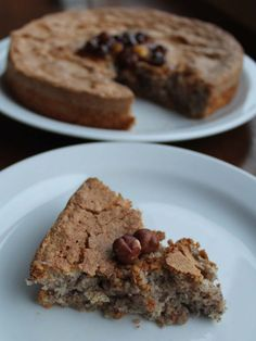 This hazelnut cake from Piedmont was inspired by a famous bakery in Cortemilia. It's a challenge as there is neither flour nor butter among the ingredients. Recipes With Hazelnut Flour, Rum Cake, Cake Board, Gluten Free Cakes, Cake Flour, Desert Recipes, No Bake Cake, Cake Recipes, Mudpie