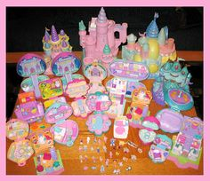 Polly Pocket was a Childhood Toy if you were a 90's Kid.    Wow; I actually owned all but 4 of these.