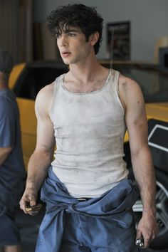 """Ethan Peck in the TV show """"10 Things I Hate About You"""" man, I seriously wish this show wouldn't have gone off!!!! I lived it! :("""