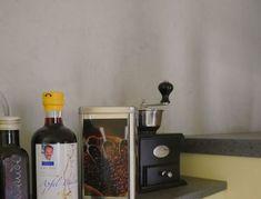 Nespresso, Coffee Maker, Kitchen Appliances, Wall Design, Coffee Maker Machine, Diy Kitchen Appliances, Coffee Percolator, Home Appliances, Coffee Making Machine