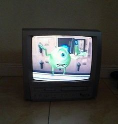 Sylvania 6719DF Triple Play Color TV/VCR/DVD Combo No Remote Works See Video