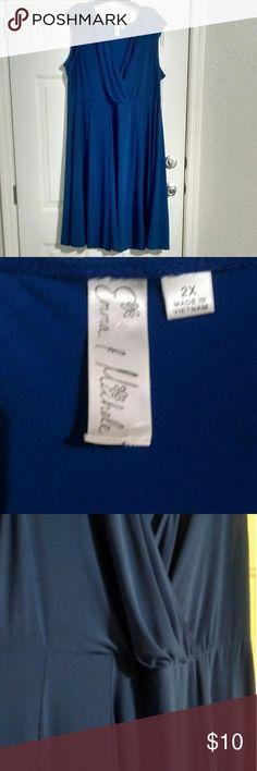 🔥3 for $25🔥 Emma & Michelle Sleeveless Dress Vibrant blue sleeveless dress. Some pilling  Brand: Emma & Michelle Size 2X  Bundle 3 🔥 listings & offer $25, I'll accept! Emma & Michelle Dresses