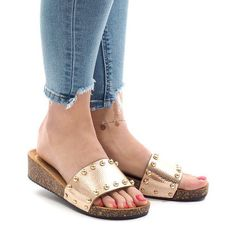 Women's flip-flops in champagne. Footwear is high heels. The upper has animal print and gold balls. The heel is made of cork, while the sole is made of suede-like material. Vintage Phone Case, Womens Flip Flops, Womens Slippers, Birkenstock, Champagne, High Heels, Footwear, Sandals, Shoes