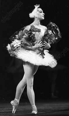 akg-images -Meritorious Artist of the R.S.F.S.R. Yekaterina Maksimova in a scene from Pyotr Tchaikovsky's ballet 'Swan Lake'.